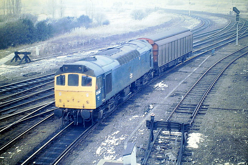 25192 heads out of Whitemoor with the Bury Speedlink of 1VGA, 18/02/86. The loco was withdrawn in May 1986.