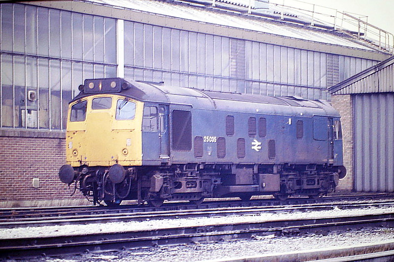 25035 sits beside the shed at March Depot, 13/02/86. This loco was withdrawn in March 1987 and is preserved at the Great Central Railway.