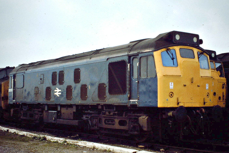 25057, my favourite Class 25, sits in Hundred Road Sidings at March Depot, 09/04/82. Withdrawn 03/87, it is now at the North Norfolk Railway. This loco was the subject of the first railway photo I ever took.