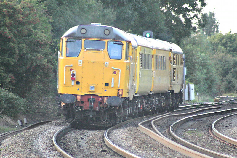 31465 is on the rear again as 1Q05 returns to Derby RTC from Cambridge, this time via Ely, Norwich, Ely, Kings Lynn, Middleton Towers, Kings Lynn, Ely West Curve and March passing Silt Road LC, 31233 once again providing power, 23/08/14.