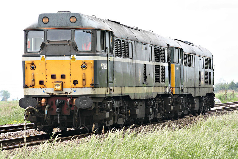 31190 leads 31601 as they approach Whitemoor Drove AHB on 0Z31 Washwood Heath - Whitemoor Yard, to later depart as 6Z31 to York Leeman Road, 30/05/14.