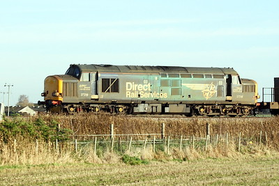 37218 approaches Horsemoor AHB on 6Z18 Stowmarket - York Thrall Europa, 23/11/20.
