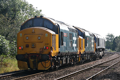 37401 MARY QUEEN OF SCOTS and 37407 BLACKPOOL TOWER pass Badgeney Road AHB in tow of 66427 on 0Z37 Crewe Gresty Lane - Stowmarket working, presumably to form part of the RHTT fleet for the forthcoming season, 20/09/19.