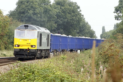 60055 THOMAS BARNARDO passes Badgeney Road AHB on 6Z28 Derby Chaddesden Sidings - Brandon Down Sidings stone, 06/09/21. I think this loco has been out of traffic for some time.