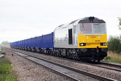 60029 BEN NEVIS approaches Horsemoor AHB on 6Z19 Middleton Towers - St Helens Ravenhead Glass sand, 21/05/21. The wagons are a brand new rake of VTG big boxes. This solves the conundrum of the DCR route learners over the last couple of weeks.