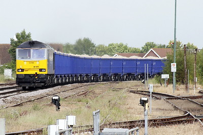 60029 BEN NEVIS rounds the bend from March South on 6Z19 Middleton Towers - St Helens Ravenhead Glassworks sand, 14/06/21.