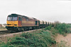 60053 NORDIC TERMINAL approaches Silt Road LC on 6L39 Mountsorrel - Trowse Redland stone, 22/04/99.