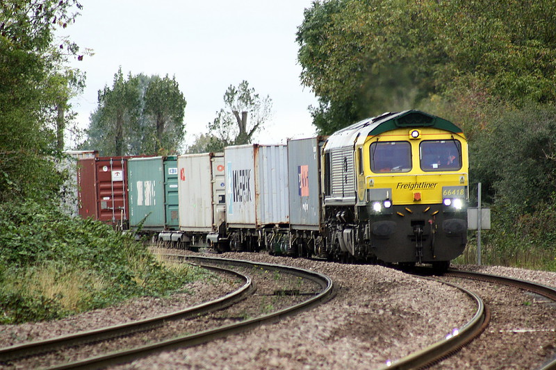 66418 PATRIOT approaches Badgeney Road AHB on a Lawley Street - Felixstowe North freightliner, 09/10/20.