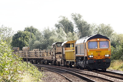 66792 approaches Badgeney Road AHB on 6L37 Hoo Junction - Whitemoor Yard, 09/09/21. This locomotive was bought from Hector Rail in Sweden in June 2019 as their T66-405.