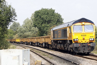 66790 approaches Badgeney Road AHB on 6G30 Doncaster Decoy Yard - Royston for weekend engineering work, 18/09/21.