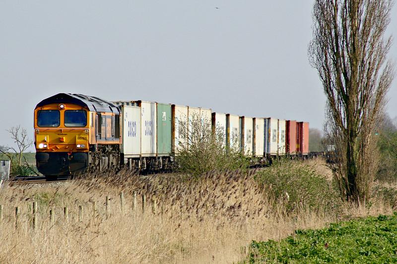 66763 SEVERN VALLEY RAILWAY approaches Welney Road AHB on 4z26 Felixstowe North - Rotherham Masborough, 23/03/17.
