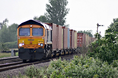 66723 CHINOOK ZA723 approaches Welney Road AHB on 4L22 Hams Hall - Felixstowe South, 07/06/18.