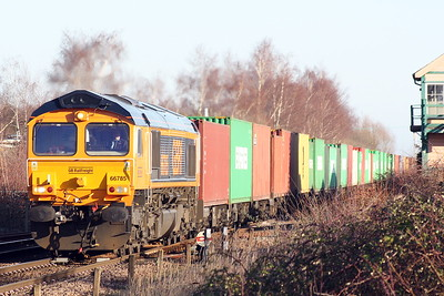 66785 runs through Whittlesea on 4M29 Felixstowe North - Hams Hall, 18/01/20.
