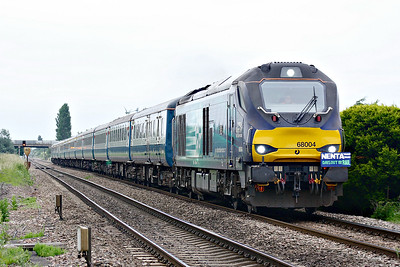 68004 RAPID approaches Whitemoor Drove AHB on NENTA's 'Tyne and Wear Boat Train', Norwich to Newcastle, with 68001 EVOLUTION on the rear, 09/06/18.