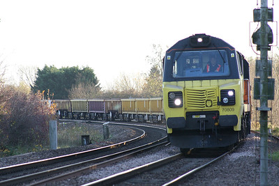 70809 approaches Badgeney Road AHB on 6L37 Hoo Junction - Whitemoor Yard consisting of a rake of JNA's, 14/11/18.