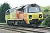 70802 approaches Silt Road LC as 0L37 Hoo Junction - Whitrmoot Yard, 21/08/14.