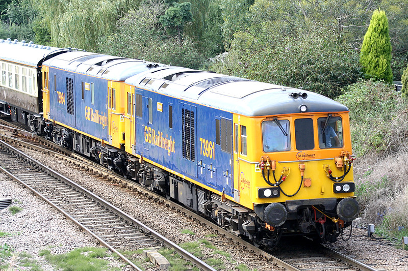 73961 and 73964 now lead again as 1Z17 Peterborough Virtual Quarry - Norwich approaches March West Junction, 09/09/16. This is Day 2 of the 4 Day GBRF 15 Tour, The tour started yesterday in the South of England and today visits Whitemoor, Peterborough, Great Yarmouth, Harwich International, thence to Edinburgh. Day 3 is spent around Edinburgh and Day 4 goes to Liverpool, Doncaster, Wembley, Paddington and Reading.