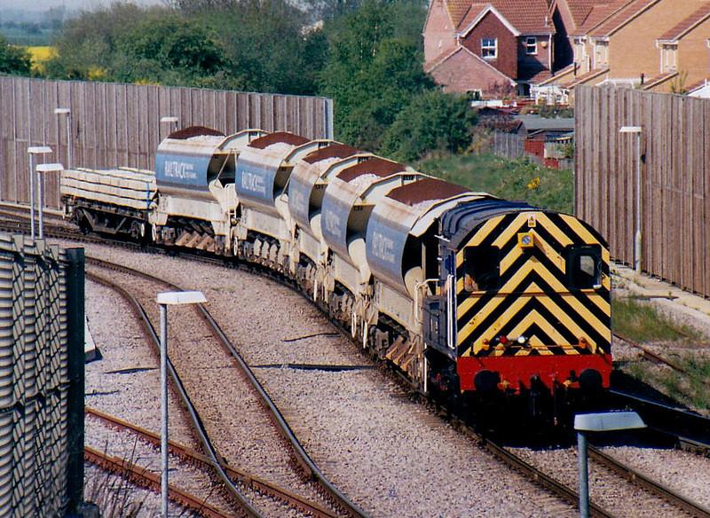 08885 of RMS Locotec shunts autoballasters in Whitemoor Yard, 30/04/06.
