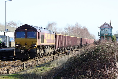 66221 approaches Whittlesea on 6M89 Middleton Towers - Warrington Arpley sand, 18/01/20.