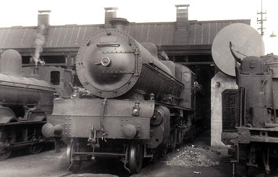 Class B 1 - 502 - GSR Class 500 4-6-0, built 1926 by Inchicore Works - 1945 to CIE - withdrawn 1957 - seen here at Cork MPD, 07/55.