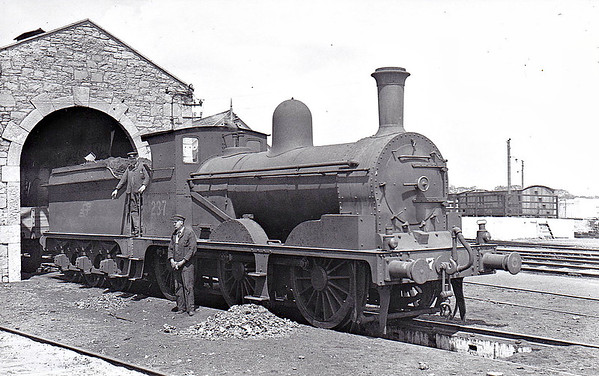 Class J22 - 237 - WL&WR 0-6-0 - built 1897 by Kitson & Co. as WL&WR No.56 THUNDERER - 1901 to GSWR No.237 - 1925 to GSR - 1926 rebuilt - 1945 to CIE - 1951 withdrawn - seen here at Ennis in June 1948.