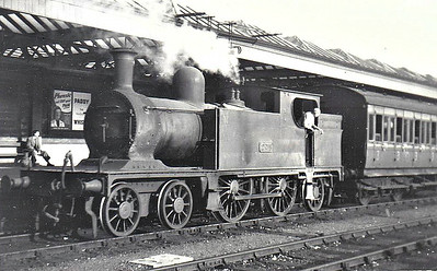 Class C 5 - 274 - WL&WR 4-4-2T - built 1897 by Kitson & Co. as WL&WR No.21 BLARNEY CASTLE - 1925 to GSR as No.274 - 1924 rebuilt, 1925 to GSR, 1945 to CIE - withdrawn 1949 - seen here at Bray in September 1949.