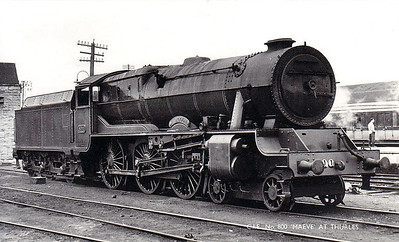 Class B 1A - 800 MAEDHBH - GSR 800 Class 4-6-0, built 1939 by Inchicore Works - 1945 to CIE - withdrawn 1962 - seen here at Thurles.