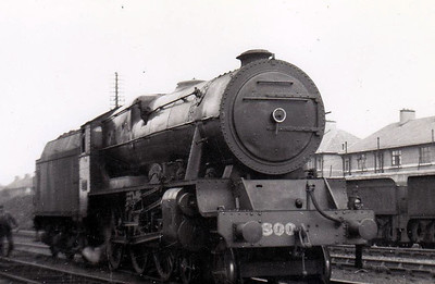 Class B 1A - 800 MAEDHBH - GSR 800 Class 4-6-0, built 1939 by Inchicore Works - 1945 to CIE - withdrawn 1962.