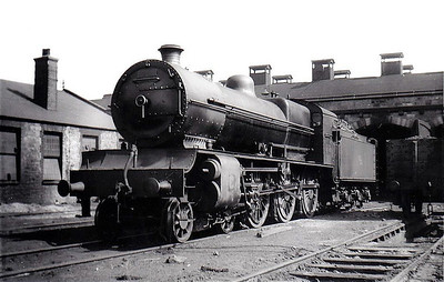 Class B 1 - 502 - GSR Class 500 4-6-0, built 1926 by Inchicore Works - 1945 to CIE - withdrawn 1957 - seen here at Inchicore, 09/55.