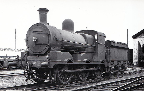Class J18 - 593 - M&GWR Class Lm 0-6-0, built in 1895 by Kitson & Co., Works No.3600, as M&GWR No.139 TARA - 1925 to GSR as No.593, 1945 to CIE - 1951 rebuilt with superheated Belpaire boiler - withdrawn in 1965 - seen here after rebuild.