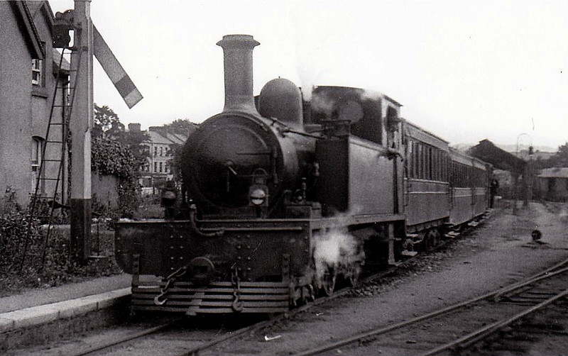 No.8 DRIPSEY - 4-4-0T, built 1904 by Brush Electrical Co., Works No.307 - 1925 to GSR - withdrawn 1935 - seen here at Cork Western Road in 1914.