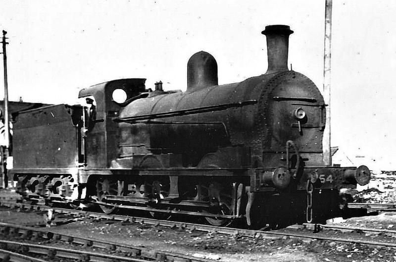 Class QG - 154 LAMBEG - GNR(I) 0-6-0 - built 1904 by North British Loco Co. - 1928 rebuilt to Class QGs - 10/58 to CIE as No.154N - 1963 withdrawn - seen here at Dublin Amiens Street.