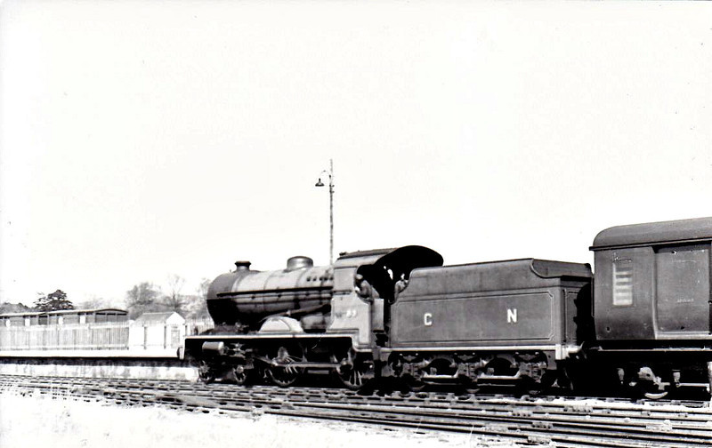 Class V - 83 EAGLE - GNR(I) 4-4-0, built 1932 by Beyer Peacock - 1949 rebuilt with Belpaire boiler, 1958 to UTA as No.58x - withdrawn 1960 - seen here at Dundalk in 1948.