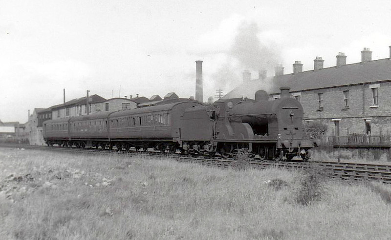 Class QL - 125 DIANA - GNR(I) 4-4-0, built 1907 by North British Loco Co. - 1923 rebuilt to Class QLS - withdrawn 1957.