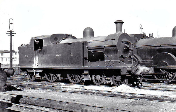 Class T2 - 69 - GNR(I) 4-4-2T, built 1924 by Nasmyth Wilson & Co. as GNR(I) No.148 - 1948 to GNR(I) No.69 - 1958 to UTA - withdrawn 1958 without renumbering.