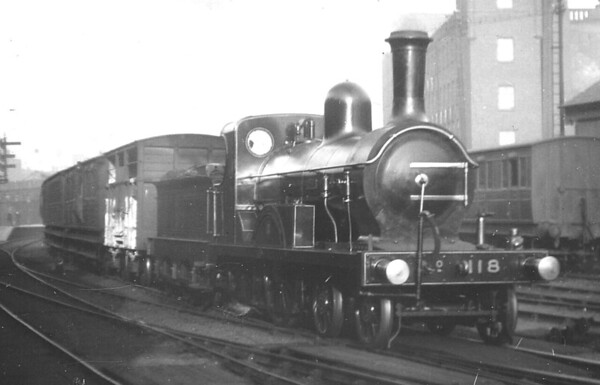 Class J - 118 ROSE - GNRI 4-4-0 - built 1885 by Beyer Peacock & Co. - 1921 withdrawn - seen here at Belfast in September 1909 on the 4.25pm to Antrim.