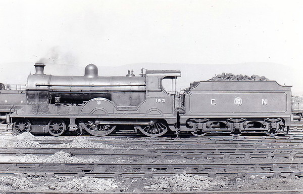 Class S2 - 192 SLIEVENAMON -  Glover GNR(I) 4-4-0 - built 1915 by Beyer Peacock & Co - 1938 rebuilt - 1958 to UTA as No.63 - 1965 withdrawn - seen here at Adelaide in May 1950.