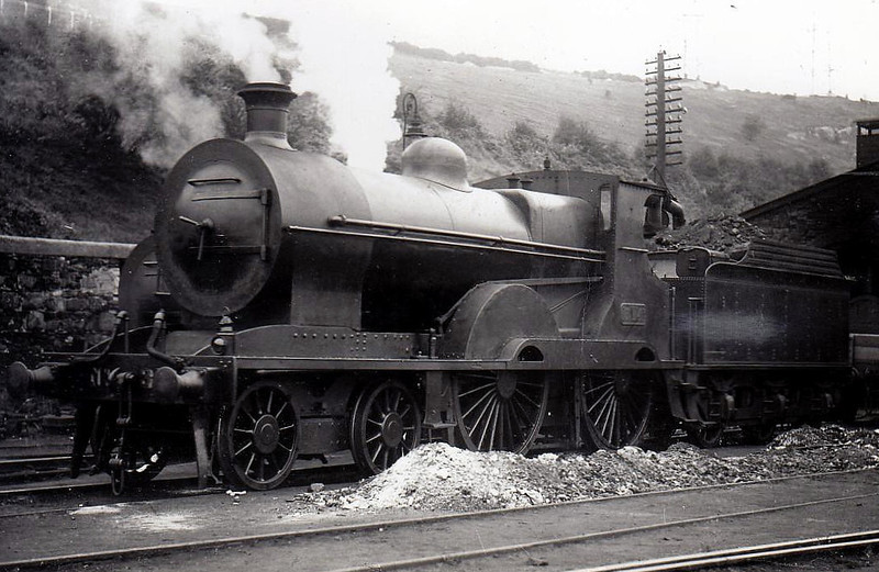 Class D10 - 314 - GSWR Class 310 4-4-0 - built 1903 by Neilson Reid - 1925 to GSR, 1930 rebuilt with Belpaire boiler, 1945 to CIE - withdrawn 1957.