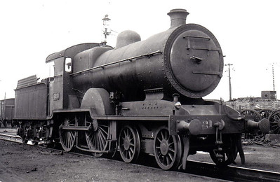 Class D 2 - 321 - GS&WR Class 321 4-4-0 - built 1904 by Inchicore Works - 1924 rebuilt with Belpaire boiler, 1933 rebuilt with Belpaire boiler, 1945 to CIE - withdrawn 1957.
