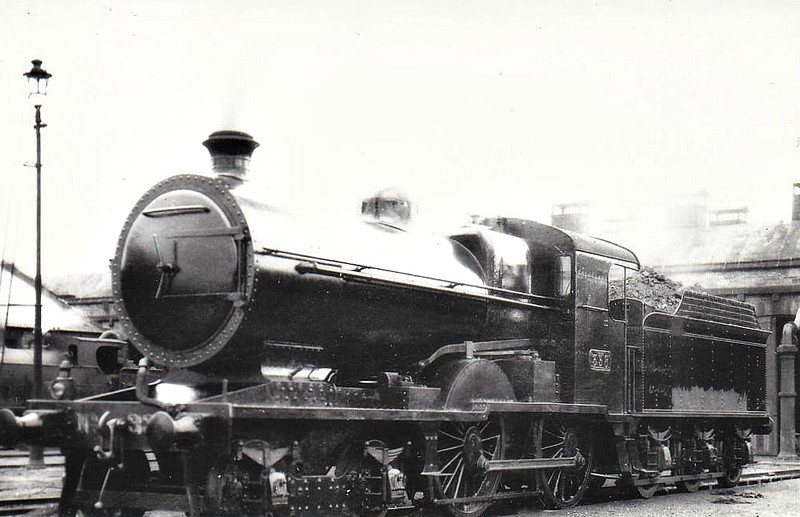 Class D 2 - 338 - GS&WR Class 333 4-4-0 - built 1908 by Inchicore Works - 1925 to GSR, 1927 rebuilt with Belpaire boiler, 1945 to CIE - withdrawn 1959.