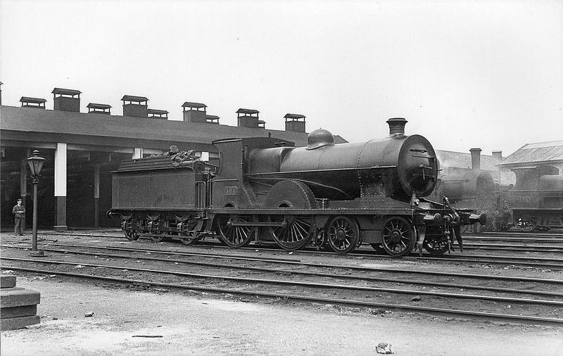 Class D11 - 304 - GSWR Class 301 4-4-0 - built 1900 by Inchicore Works as GSWR No.304 PRINCESS ENA - 1904 name removed, 1925 to GSR, 1932 rebuilt with superheated Belpaire boiler, 1945 to CIE - 1959 withdrawn.