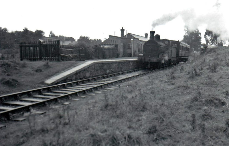 Class J15 - 102 - GS&WR Class 101 0-6-0 - built 1873 by Inchicore Works - 1904 rebuilt, 1925 to GSR, 1945 to CIE, 1947rebuilt with Belpaire boiler - withdrawn 1962 - seen here at Essexford before 1947 rebuild.