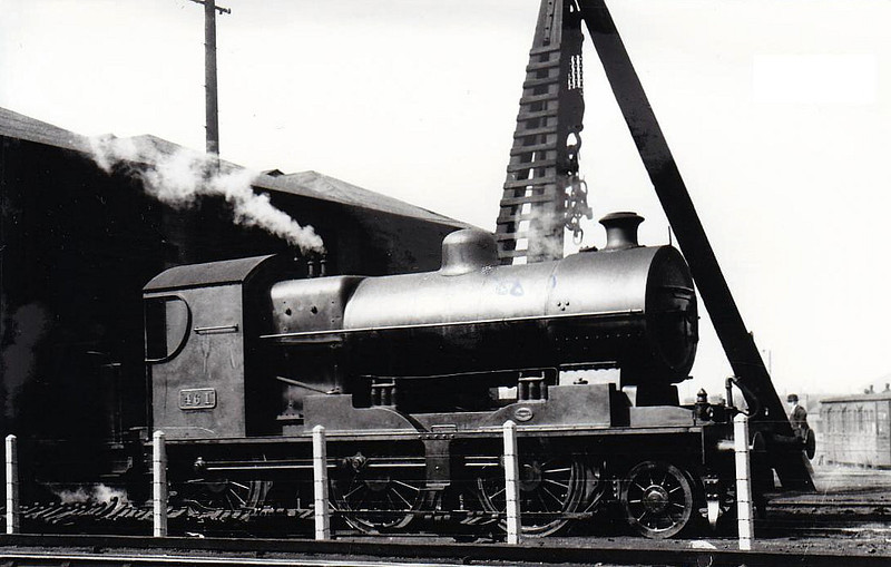 Class K 2 - 461 - D&SER 2-6-0 - built 1922 by Beyer Peacock as D&SER No.15 - 1925 to GSR, 1945 to CIE - withdrawn 1965 - seen here at Grand Canal Street in 1938,