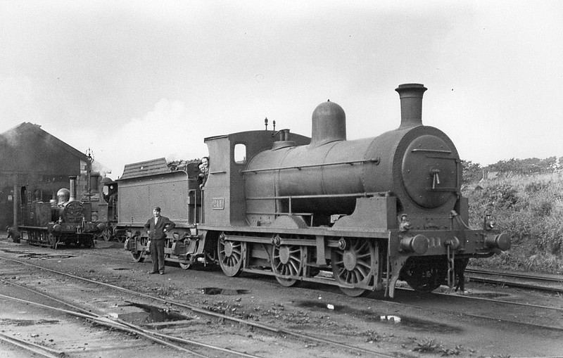 Class J3 - 211 - GSWR Class 211 0-6-2T - built 1903 by North British Loco Co. - 1907 rebuilt as 0-6-0 - 1925 to GSR, 1945 to CIE - 1949 withdrawn.