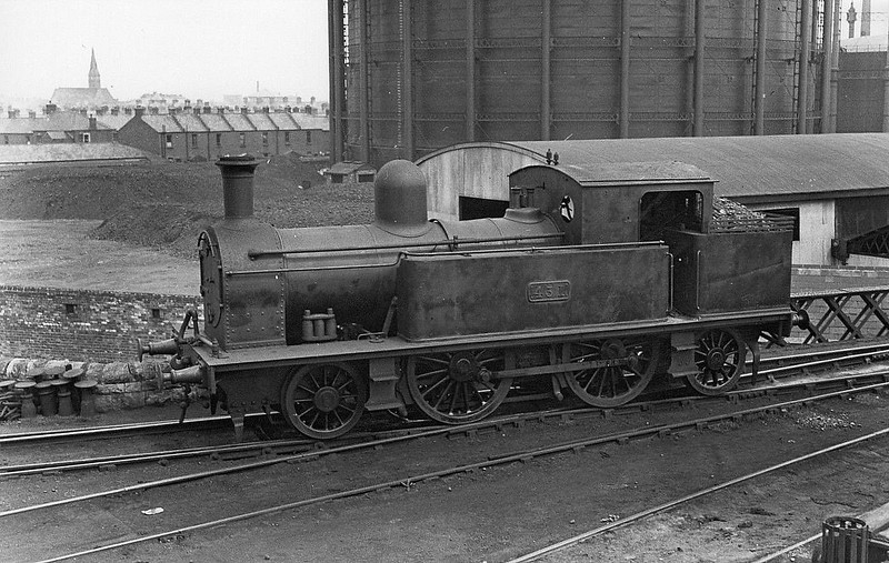 Class F2 - 431 - Dublin, Wicklow & Wexford Railway 2-4-0T - built 1887 by Kingstown Works as DW&WR No.28 ST LAWRENCE - 1909 rebuilt as 2-4-2T - 1925 to GSR as No.431, 1945 to CIE - 1950 withdrawn.