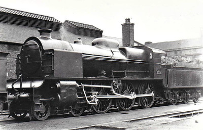 Class B 1 - 500 - GS&WR Class 500 4-6-0 - built 1924 by Inchicore Works as GS&WR No.500 - 1925 to GSR as No.500, 1928 fitted with feedwater heater, 1932 part removed, 1940 remainder removed, 1945 to CIE - withdrawn 1955 - seen here after 1928 but before 1940.