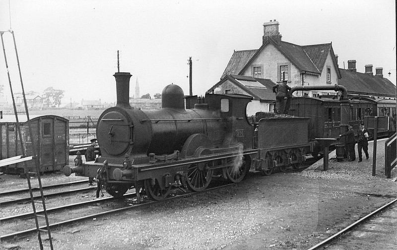 Class G3 - 276 - Waterford. Limerick & Western Railway 2-4-0 - built 1892 by Dubs & C0. as WL&WR No.23 SLIEVE-NA-MON - 1901 to GSWR as No.276, 1925 rebuilt, 1925 to GSR, 1945 to CIE - 1949 withdrawn