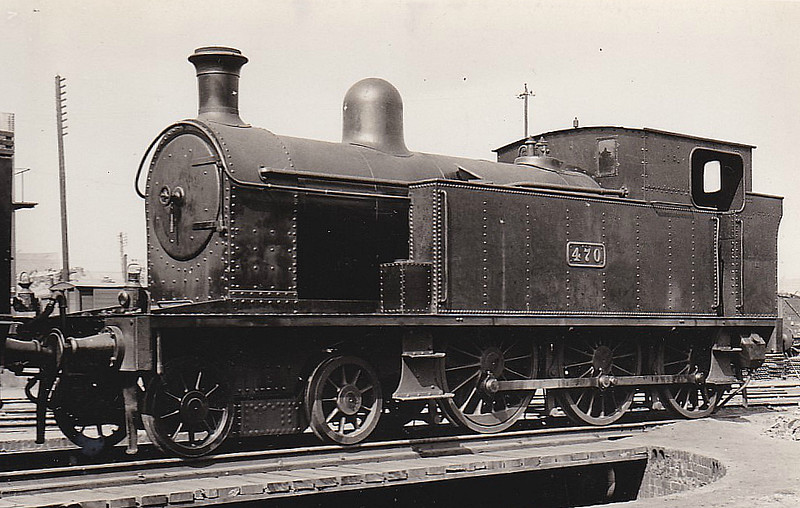 Class B 4 - 470 - CB&SCR 4-6-0T - built 1912 by Beyer Peacock Ltd. as Cork, Bandon & South Coast Railway No.20 - 1925 to GSR as No.470, 1945 to CIE - withdrawn 1961 - seen here at Cork Rocksavage, 04/38.