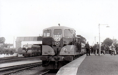CORAS IOMPAIR EIREANN - 173 - General Motors Class 141 Bo-Bo DE - 37 locos delivered in 1962 - seen here at Thurles in 1974.