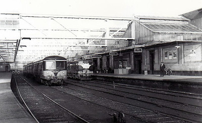 CORAS IOMPAIR EIREANN - 2643 - 2600 Class DMU, 66 2-car sets built from 1951 by AEC - all withdrawn by 1975, many converted to push/pull driving trailers - seen here with Class 141 No.B143 in the mid 1960's.